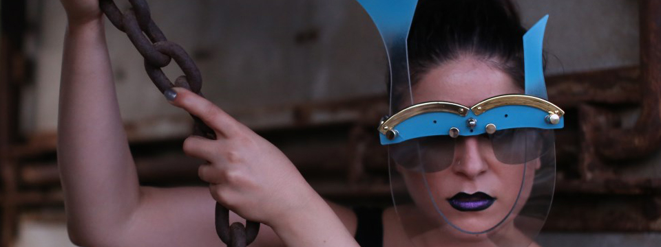 eyewear mask for performing artists