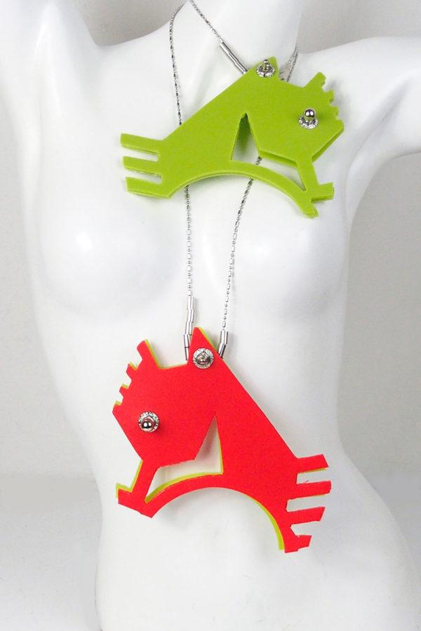 pendant sea horse shape