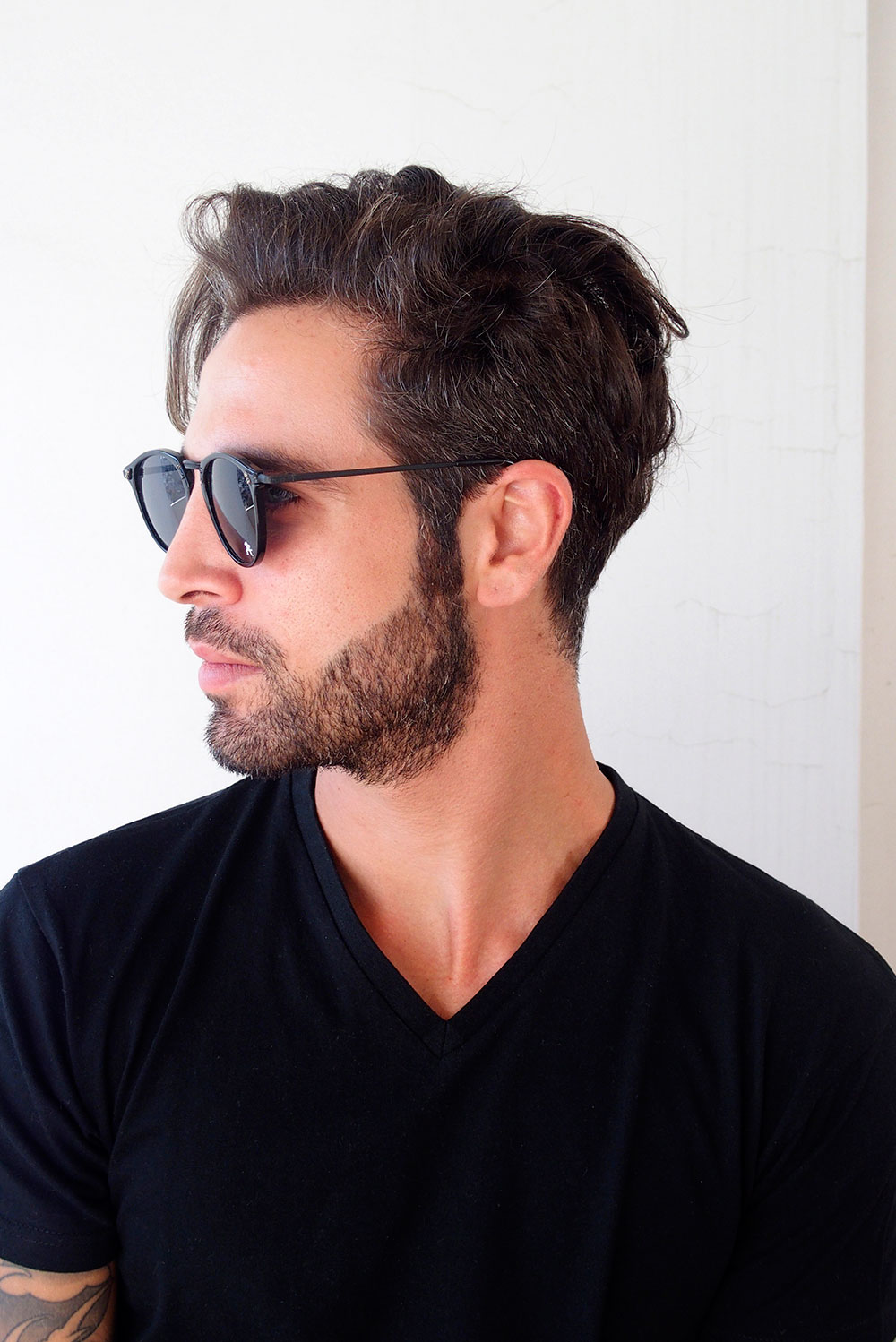 round retro sunglasses for men