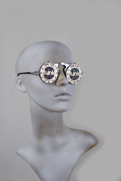 round silver metal flip up sunglasses