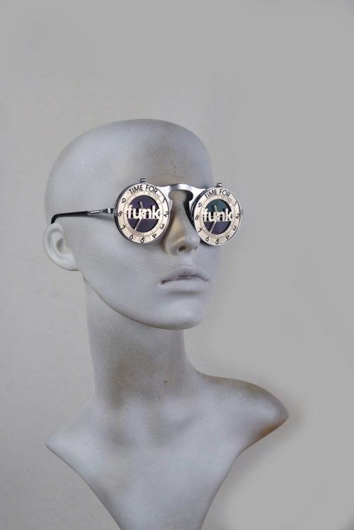 round silver metal flip up sunglasses