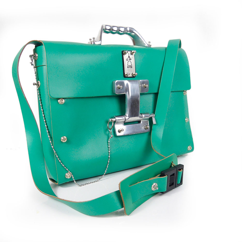 green shoulder bag for men