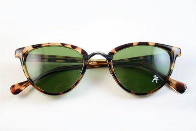 Retro cat eye sunglasses tortoiseshell frame green lens Hi Tek model HT-5556