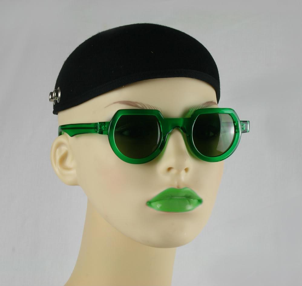 Hi Tek round sunglasses green plastic frame green lenses HT-010