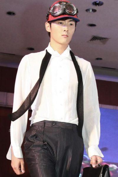 mens white dress shirt black tie detail unsual design pure silk Hi Tek