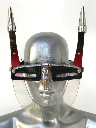 eye wear with horns