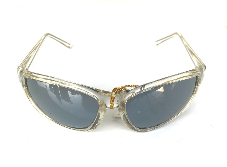 goggles sunglasses clear frames mirror lens, futuristic goggles  Hi Tek