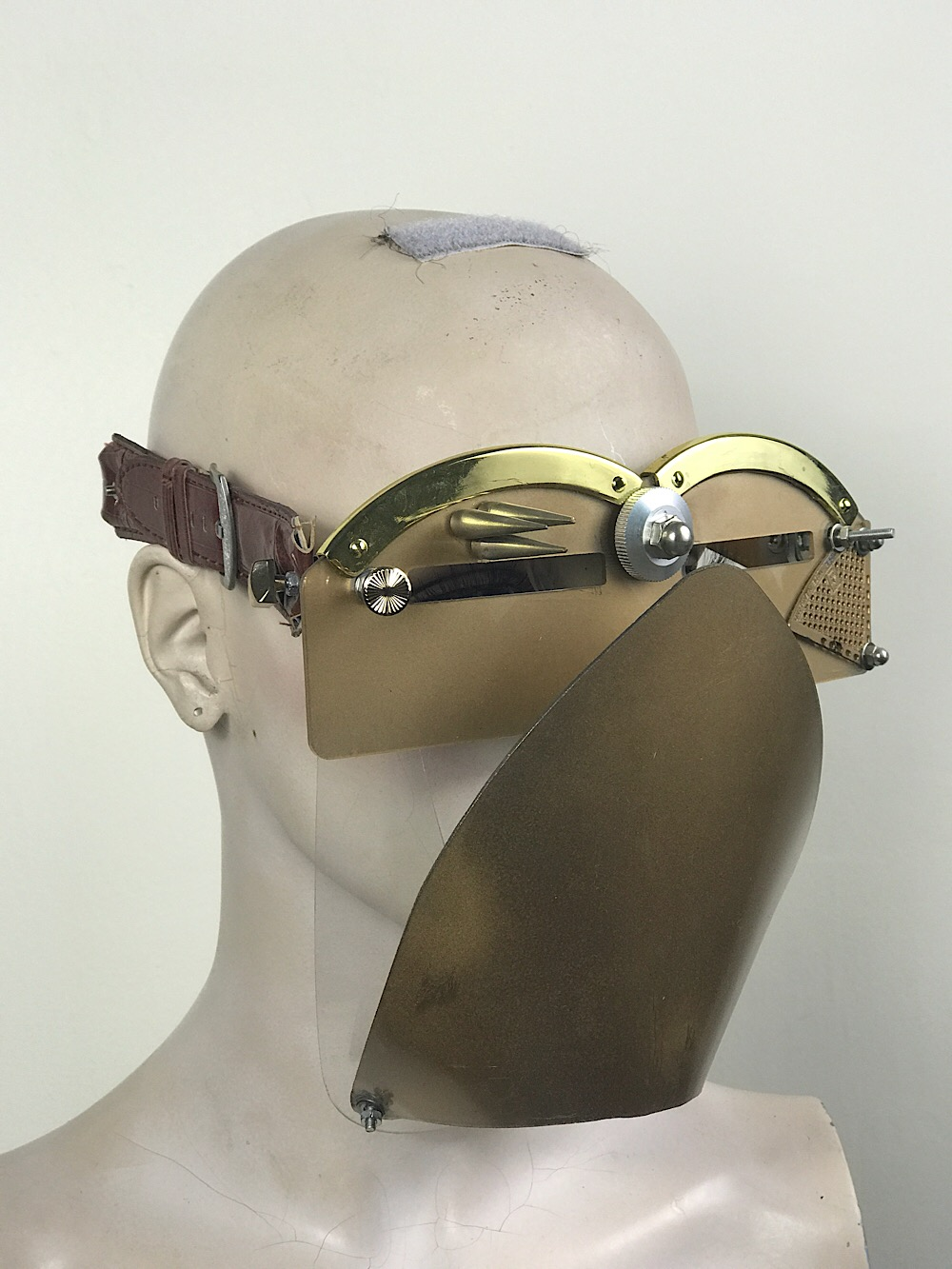 Gold eye wear mask with spikes and muzzle futuristic fantasy  modern steampunk unusual Hi Tek