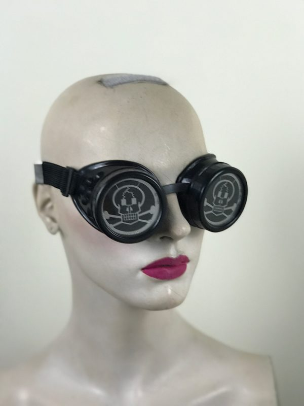 steampunk goggles metal ocular lens black plastic cups SKULL